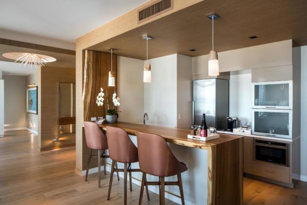 presidential_suite_kitchen