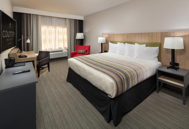 Room105bed