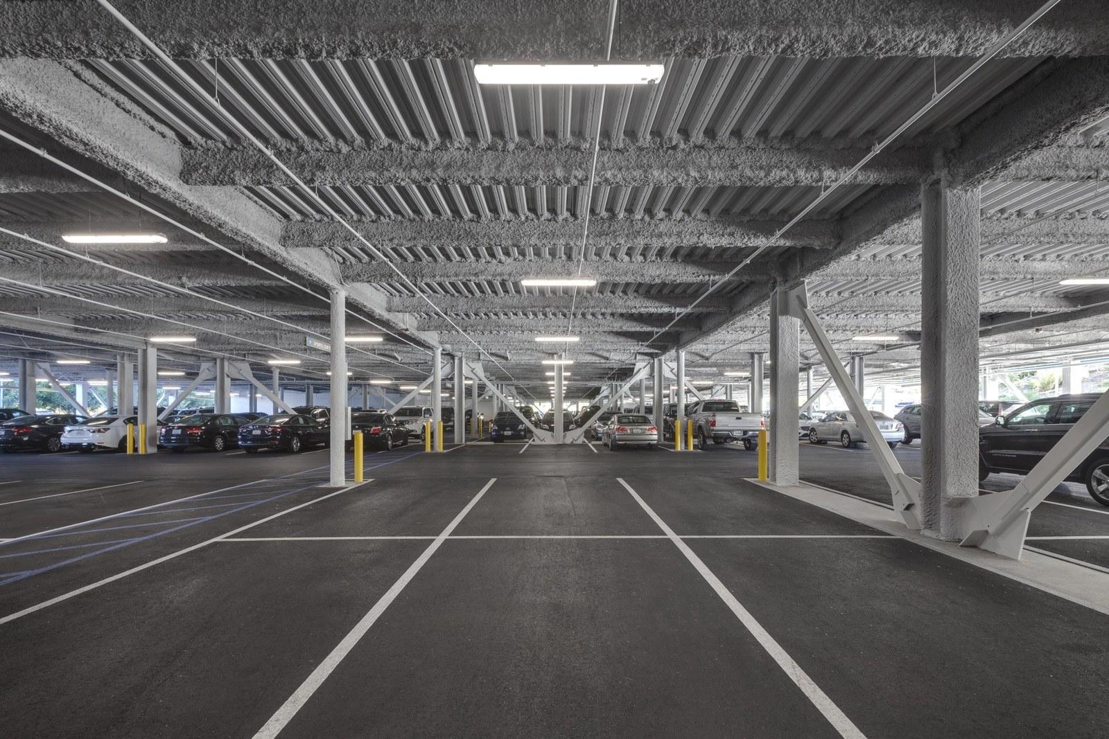 Ladera parking