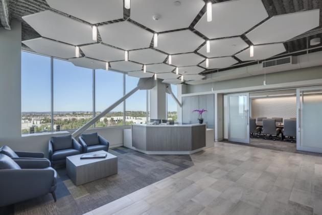 Ladera lobby