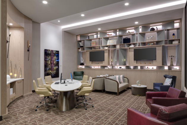H Hotel business center